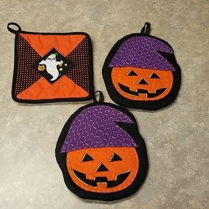 Halloween pot holders 3